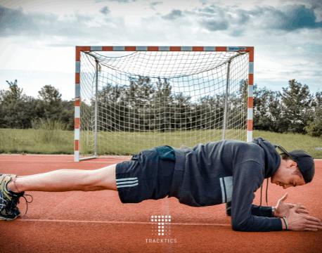 fussball krafttraining körpergewicht plank